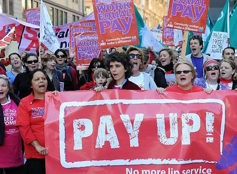 Australian gender pay gap widens