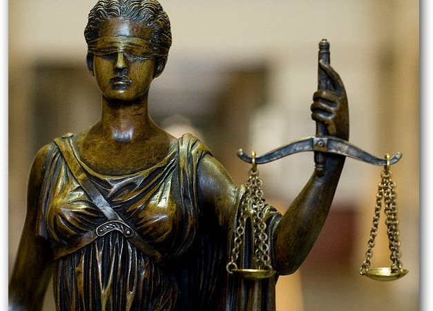"Women and Judiciary in Italy – an example of a ""glass ceiling"" that proves hard to break"